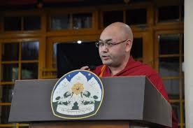 西藏人民議會議長堪布索朗丹培
