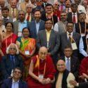 """达赖喇嘛尊者参加第九十二届""""印度大学协会""""年会典礼"""