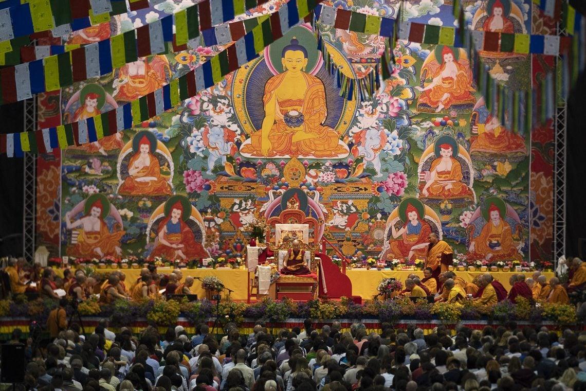达赖喇嘛尊者拉脱维亚里加传授佛法