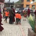 西藏境内年轻僧人被迫离开寺院到政府公立学校接受教育