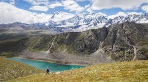 西藏高原湖泊面积扩大威胁青藏铁路等重大工程运行