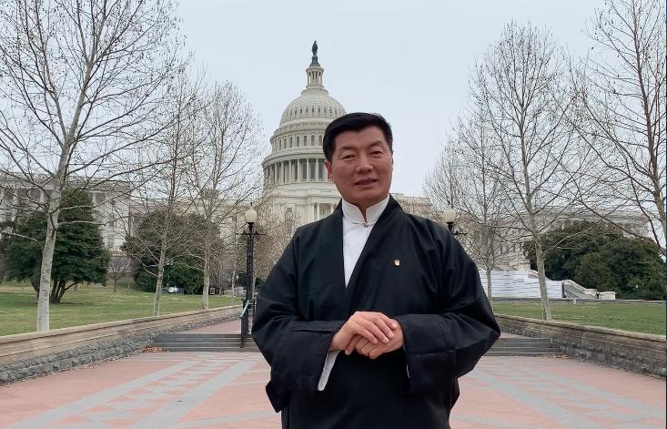 藏人行政中央司政洛桑森格在美国首都华盛顿向境内外藏人同胞致以新年祝福