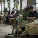 编织流亡藏人的孤寂岁月:遗落尘世的大吉岭难民自助中心